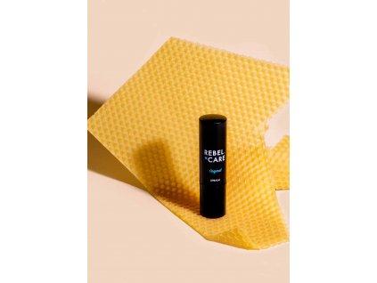 Curanatura Bambusová zubná kefka CARBON pre dospelých, extra soft,